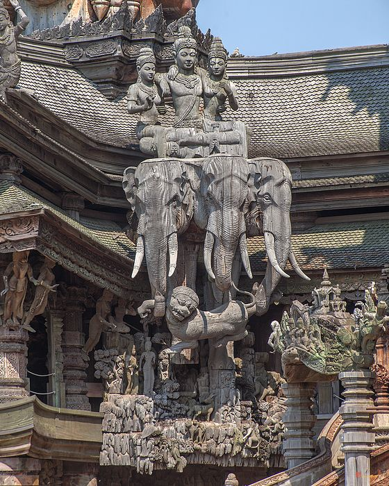 2015 Photograph, The Sanctuary of Truth Carvings, Na Kluea, Bang Lamung, Chonburi, Thailand, © 2015.  ภาพถ่าย ๒๕๕๘ ปราสาทสัจธรรม แบ่งผม นาเกลือ บางละมุง เขตบางละมุง จังหวัดชลบุรี ประเทศไทย