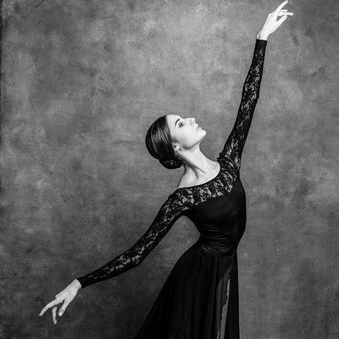 Alisa Aslanova Alisaaslanova Instagram Photos And Videos Dance Photography Ballet Dancers Ballet Photography