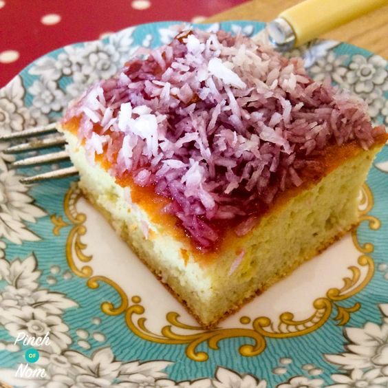 This 1 Syn a slice Jam and Coconut Sponge isa bit old school and brings back lovely memories for me visiting my Granny. A warm kitchen with such wonderful smells. A loving hug and a piece of jam and coconut sponge! I've been practising this recipe for a while with lots of different flavours but…