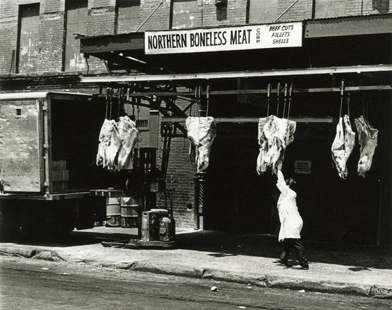 upton sinclair and the problems with meat packing industry In 1906, upton sinclair's novel the jungle uncovered harrowing conditions inside america's meat packing plants and initiated a period of transformation in the nation's meat industry the.