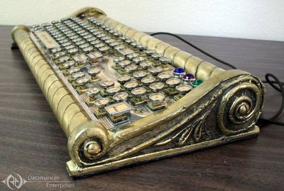 Datamancer's Seafarer keyboard: brassy, nautical steampunk confection - Boing Boing
