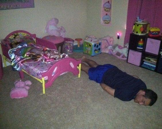 20 απίστευτες φωτογραφίες που δείχνουν πόσο δύσκολο είναι να προσέχεις ένα παιδί (Μέρος 1ο)
