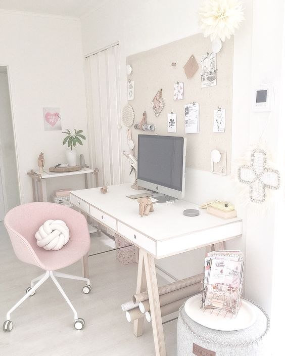Pink Hay desk chair