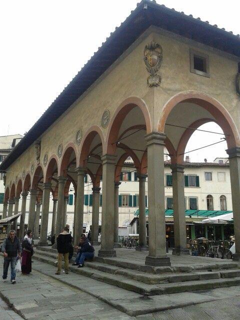 Loggia del Pesce in piazza dei Ciompi Firenze.
