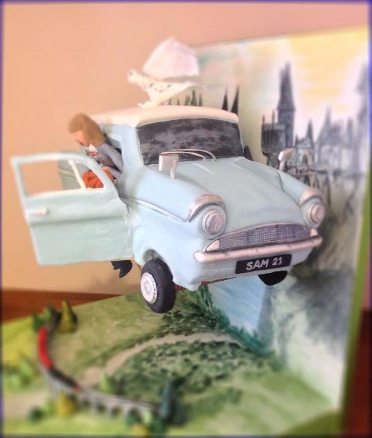 Flying Harry Potter car cake