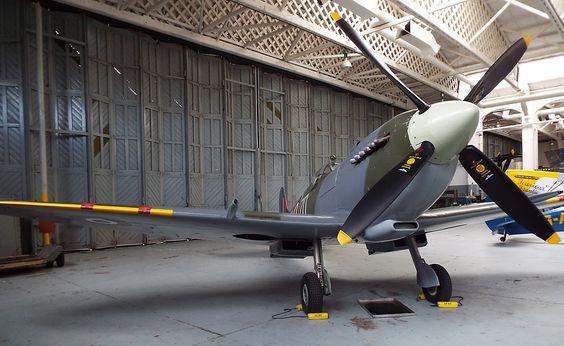 Supermarine Spitfire IXB 1943 Imperial War Museum Duxford