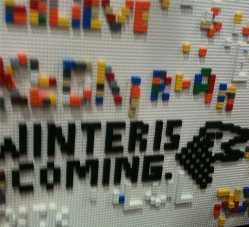 Lego board of at the San Diego Comic Con #SDCC taken over by #GameofThrones fans.