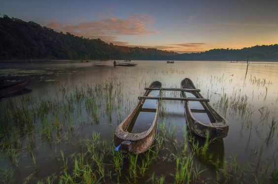 Photo The Boat by Efraim Dastanta  Ginting on 500px