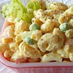 Ma salade de macaroni @ qc.allrecipes.ca