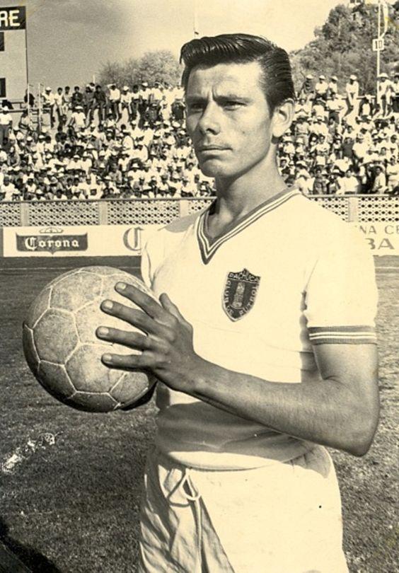 """Mario """"Tartaro"""" Montaño, Club de Fútbol Pachuca."""