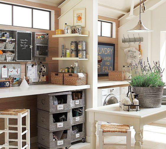 junkgarden: craft room