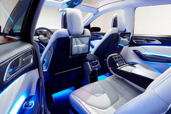2017 Ford Edge seats