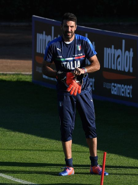 Gianluigi Buffon  of Italy looks on during a training session at the club's training ground at Coverciano on October 4, 2016 in Florence, Italy.