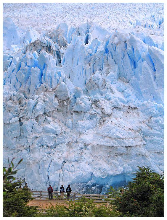 National Park Perito Moreno, Patagonia. By Antonio Negrao.