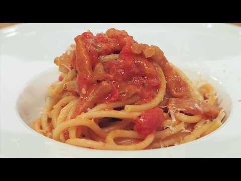 Ricetta Amatriciana Max.Pasta All Amatriciana La Ricetta Di Max Mariola Youtube Ricette Cibo Etnico Amatriciana