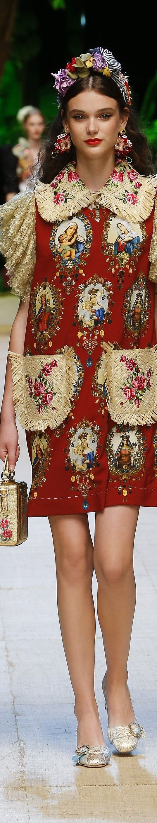 Dolce and Gabbana SS 2017 RTW: