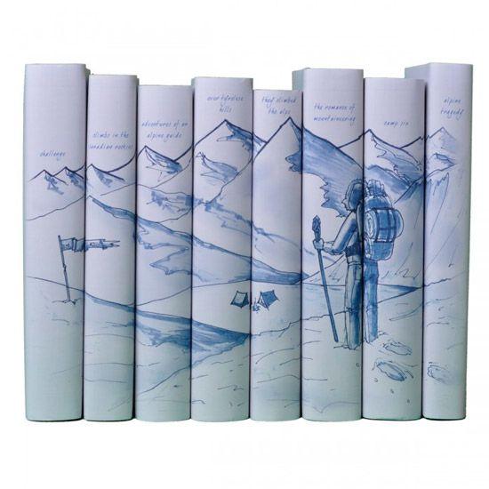 Este box de livros foi projetado originalmente para um evento beneficente para o American Alpine Club. Um cenário idílico de montanhas para os admiradores.