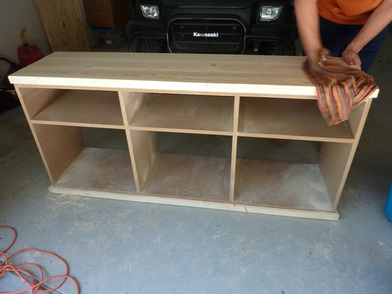 Build a tv stand plans tv stands and entertainment centers for Diy pallet tv stand instructions