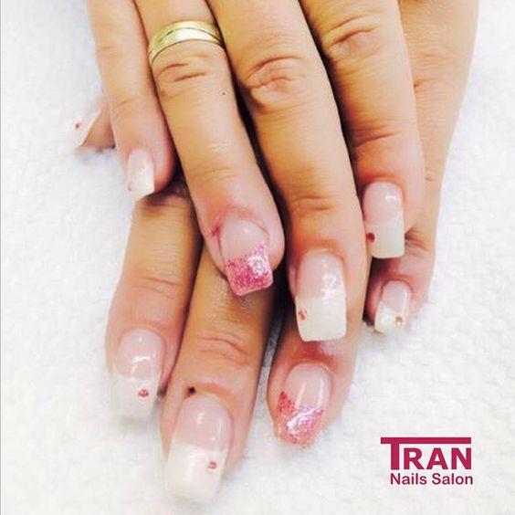Light french #trannails #nageldesign #nagelstudioerbach #nailart #wallofnails #gel #manicure