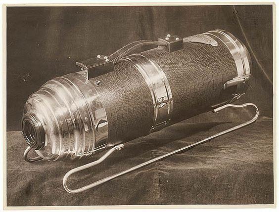Hercules Vacuum Cleaner, 1930s