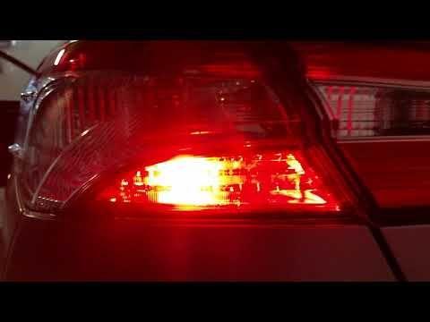 New 2018 Toyota Camry Sedan Checking Out Led Brake Light Bulbs