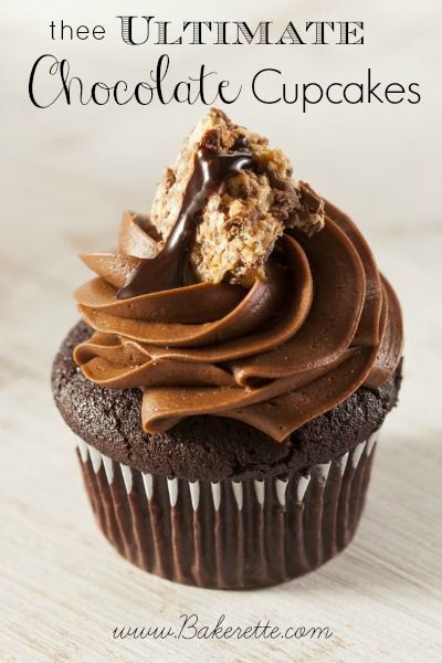 These chocolate cupcakes are so moist with a chocolate ganache center topped with incredibly creamy chocolate frosting.. Bakerette.com #reci...
