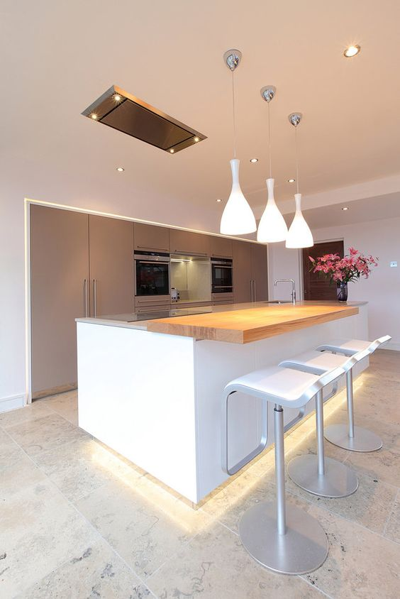 Jamie Robins Bespoke Contemporary Kitchen with a Compact ceiling extractor which uses a 1000m3/hour remote fan to suck the air