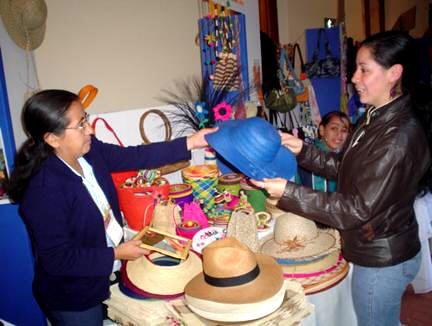 Reconocimiento a la mujer microempresaria http://hbanoticias.com/3991