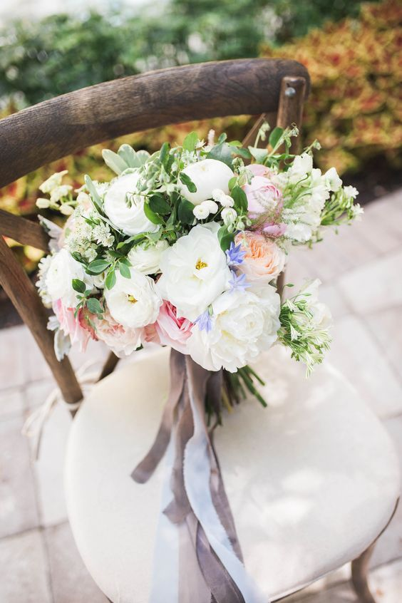 Photo - Megan Schaap Florals - Kaleidoscope Flowers & Botanicals Styling - Along Came Stephanie