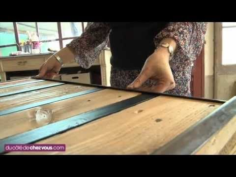Fabriquer une table basse avec une palette palettes pinterest tables - Fabriquer table basse palette ...