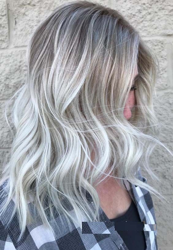 24 Platinum Blonde Hair Colors For
