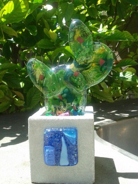 Cactus en vidrio con maceta d cemento decorada trabajos for Macetas de cemento