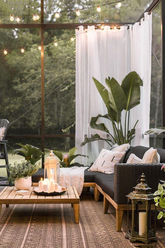 A chic retreat patio makeover