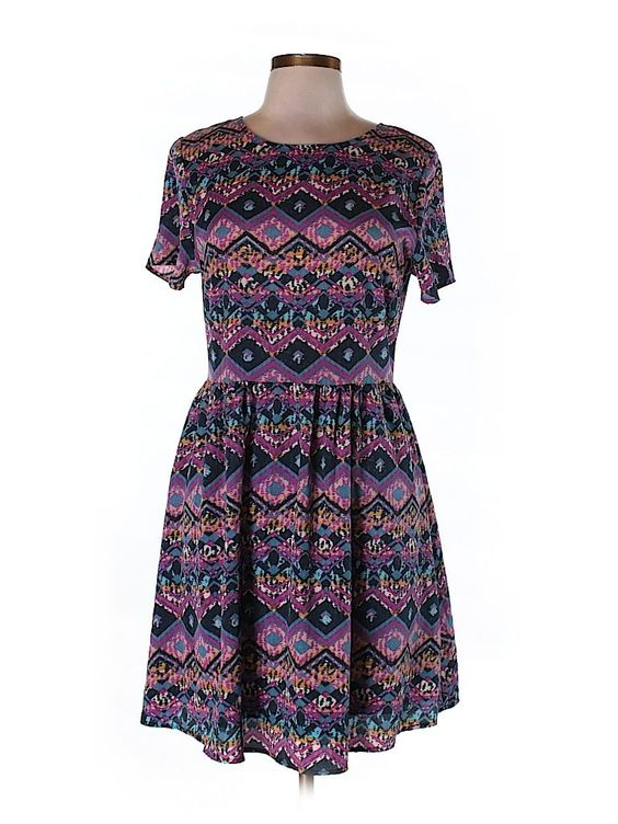 Check it out—Everly Casual Dress for $15.99 at thredUP!