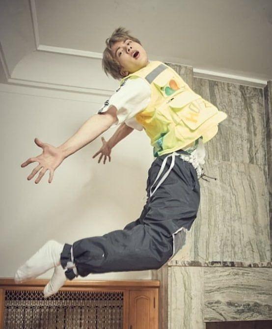 190622 1026 1130 Kim Seokjin Jinphany Posted On Instagram How Can Someone Look This Good Btsjin Jin Seokji Selebritas Artis Kecil Gambar Bola Basket