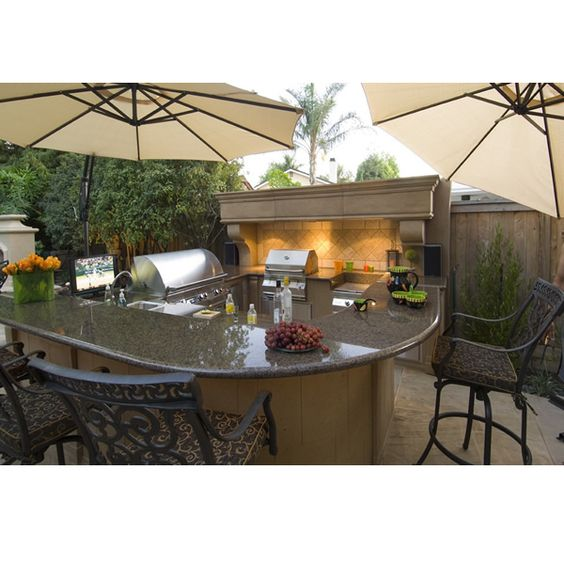 SelectCast L-Shaped Custom Outdoor Kitchen L-01