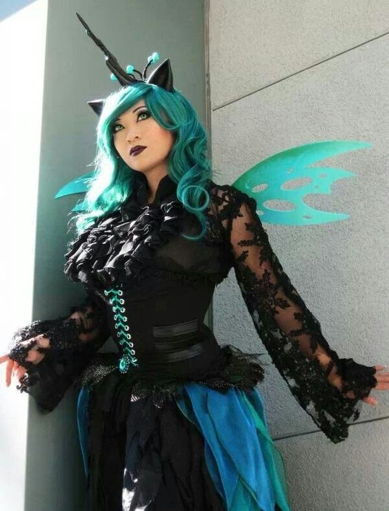 Yaya Han Queen Chrysalis My Little Pony cosplay: