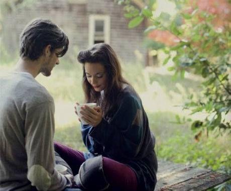 El amor es una combinación entre sentir, emocionarse, y un ejercicio de la voluntad. Quien insiste en amar, respetar, honrar, admirar y permanecer descubre dimensiones del amor que jamás descubriría si no se persevera. Sixto Porras