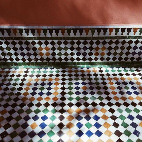 الاتنين ...#bakchicontour #tiles #travel #interiordesign #morocco #colors