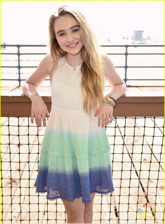 Hi I'm Addison daughter of Phinbella (I KNOW ITS PHINEAS AND FERB). I'm creative and funny and sweet. I love to make inventions and I'm a scouting leader. :)