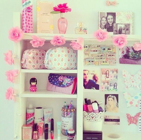 Room inspiration bedroom goals pinterest diy storage for Girly bedroom decor