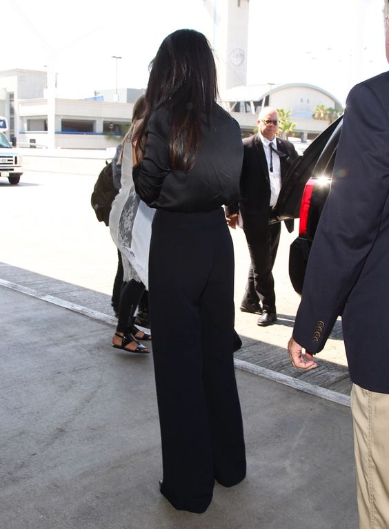 August 18: Selena arriving at LAX airport in Los Angeles, California