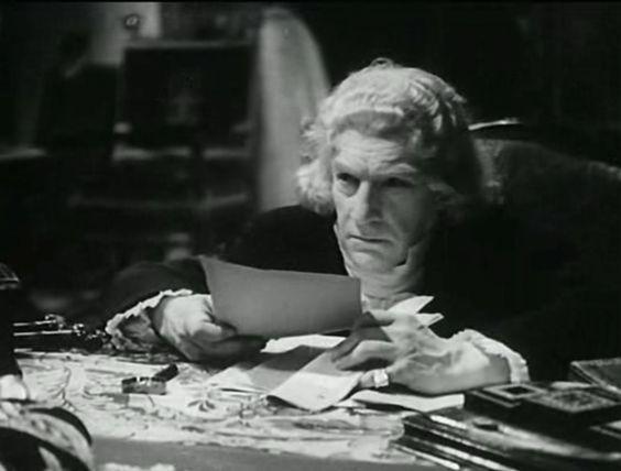 Sacha Guitry en Talleyrand, dans Le Diable Boiteux.