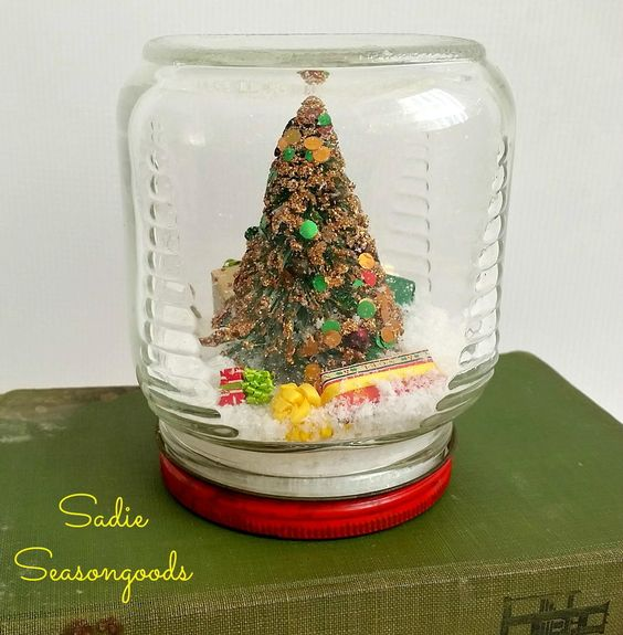 Country Christmas Waterless Snow Globe | AllFreeHolidayCrafts.com
