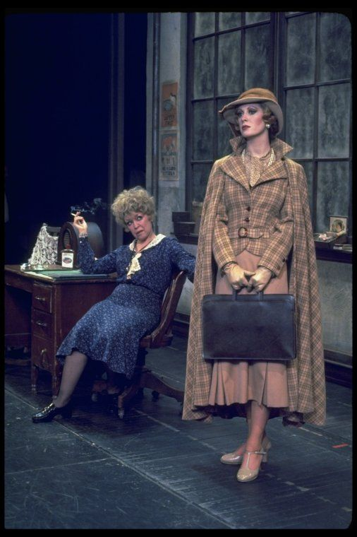 Dorothy Loudon & Sandy Faison in Annie. 1977 Broadway.