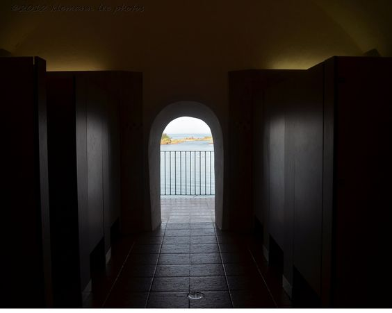 """So the desk clerk at the hotel said, """"when you go to El Morro, make sure you have your camera when you go to the bathroom"""". ok, well… Bathroom with a view…."""