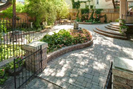 Define large open spaces with Barkman garden walls.