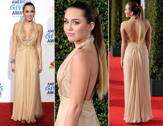Vestidos modelo frente-única, como o da Miley Cyrus, são clássicos de Formatura e perfeitos para deixar as costas à mostra. Tenha certeza de que elas estão em dia: passe um hidratante luminoso para deixar a pela mais viva!