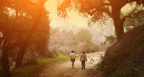 Depression: Was Sie selbst tun können |  Bewegung, Tageslicht, ein strukturierter Alltag und verständnisvolle Freunde können aus dem Stimmungstief helfen. Ratschläge von einem Psychotherapeuten