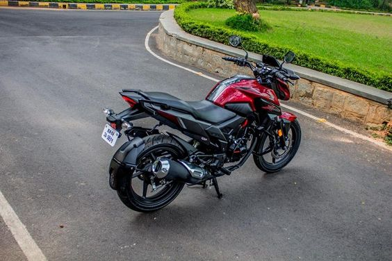 Honda X Blade Review Fittest 160cc Motorcycle In 2020